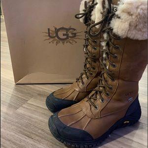 Ugg Adirondack Boots size 8